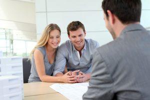 איך בוחרים עורך דין מקרקעין